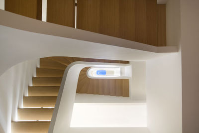 manhattan townhouse coiled staircase skylight