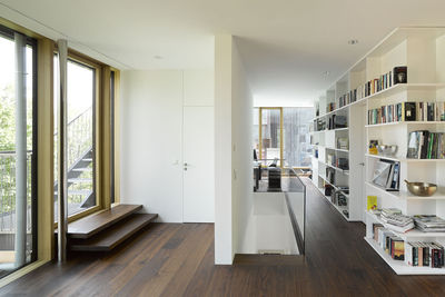 Behnisch Architekten renovation hallway