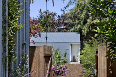 Premier SIP construction of Berkeley cottage by Turnbull Griffin Haesloop.
