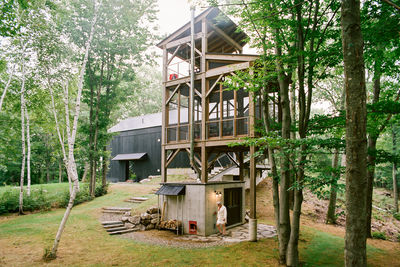 flights of fancy new york hudson valley retreat cedar tower sauna