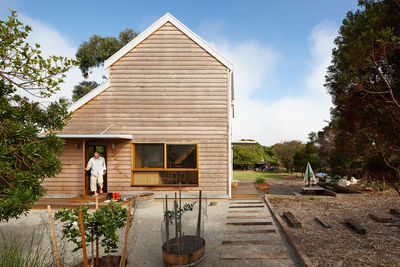 Cedar cladding on Australian home.