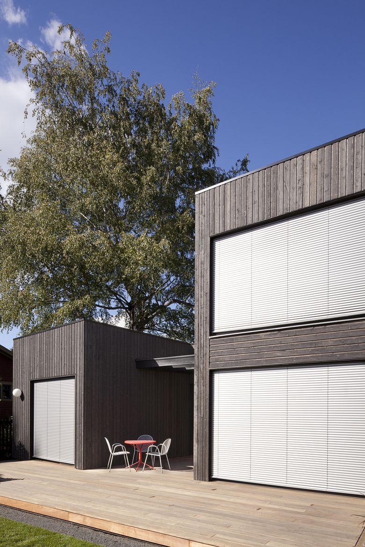 Skidmore Passivhaus mahogany deck