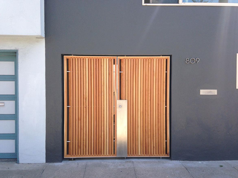 Florida Street renovation entry gate