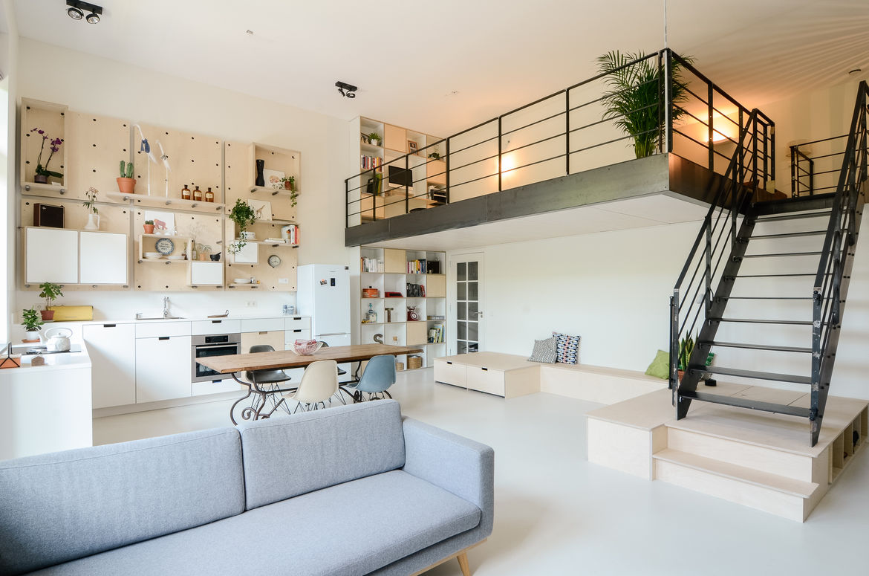 Onsdorp schoolhouse renovation living room