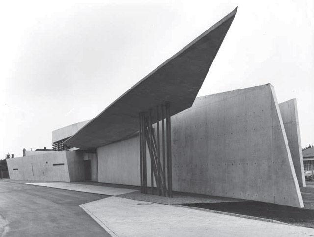 Vitra Fire Station, Weil am Rhein, Germany, 1993