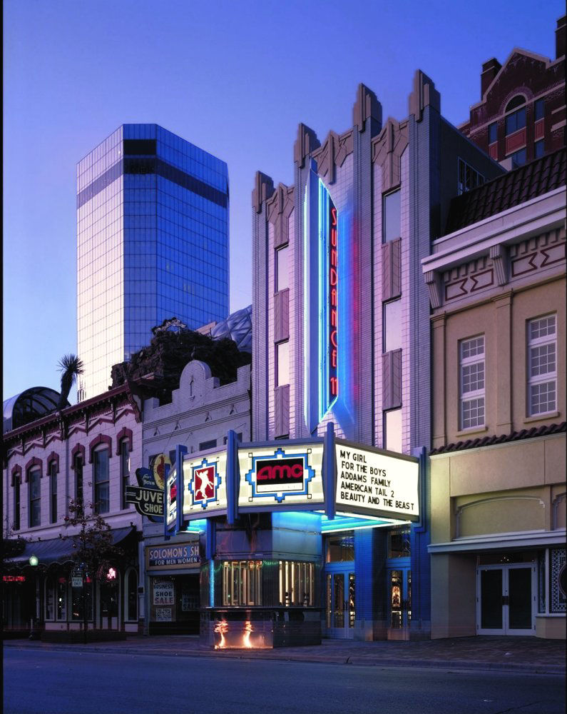 """Project: Sundance Square<p></p>Location: Fort Worth, Texas<p></p>Developer: Sundance Square Management<p></p>2010 ULI Award for Excellence: The Americas nomination:""""The culmination of a 25 year development process, Sundance Square is a 38-block mixed-use"""
