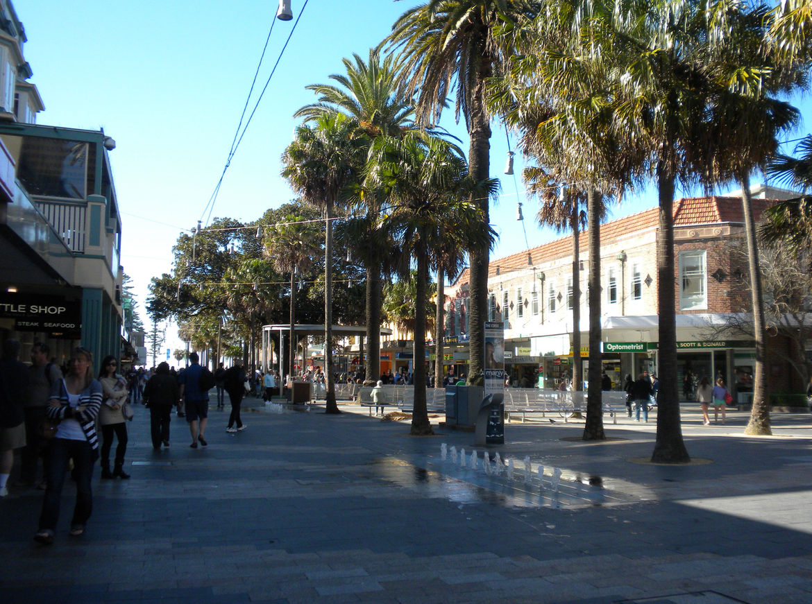 Shown here is the pedestrian street that leads from the harbor side of Manly to Manly Beach on the other side. I was impressed how well developed the public spaces of Sydney are; we especially loved the fountains and the drinking fountains (which were ple