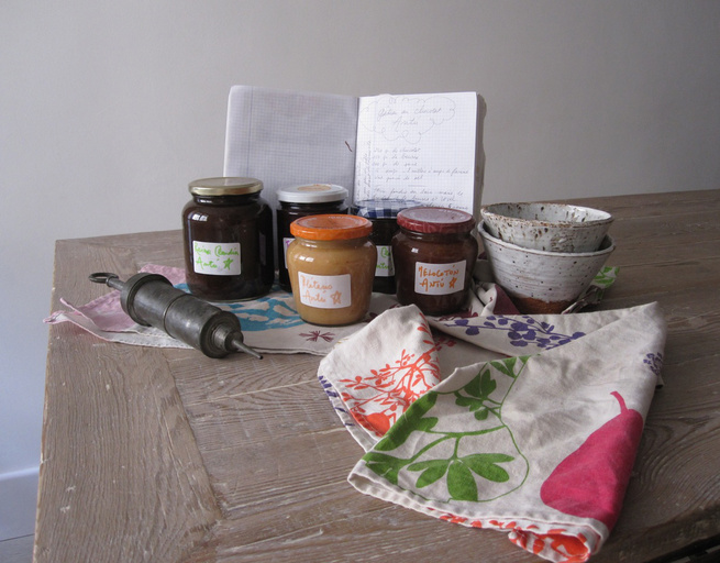 "A selection of Carlos Mayor and Antoine Leonetti's homemade jams, their recipe journal, and bowls by <a href=""http://www.galerie-terraviva.com/"">Caroline Chevalier</a>."