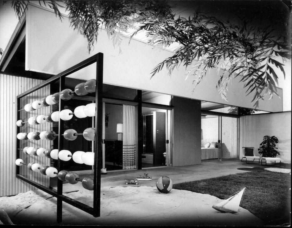 Home Show House by William Krisel.