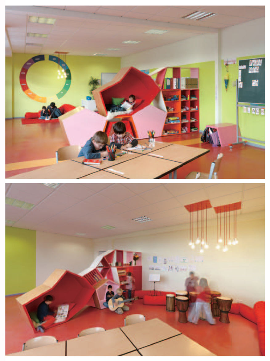 Die Baupiloten also designed the Familienservice School in Berlin, located in a converted floor of an office building. In this play space, bookshelves, reading nooks, and other stackable polygons can be piled in a multitude of formations so that the learn