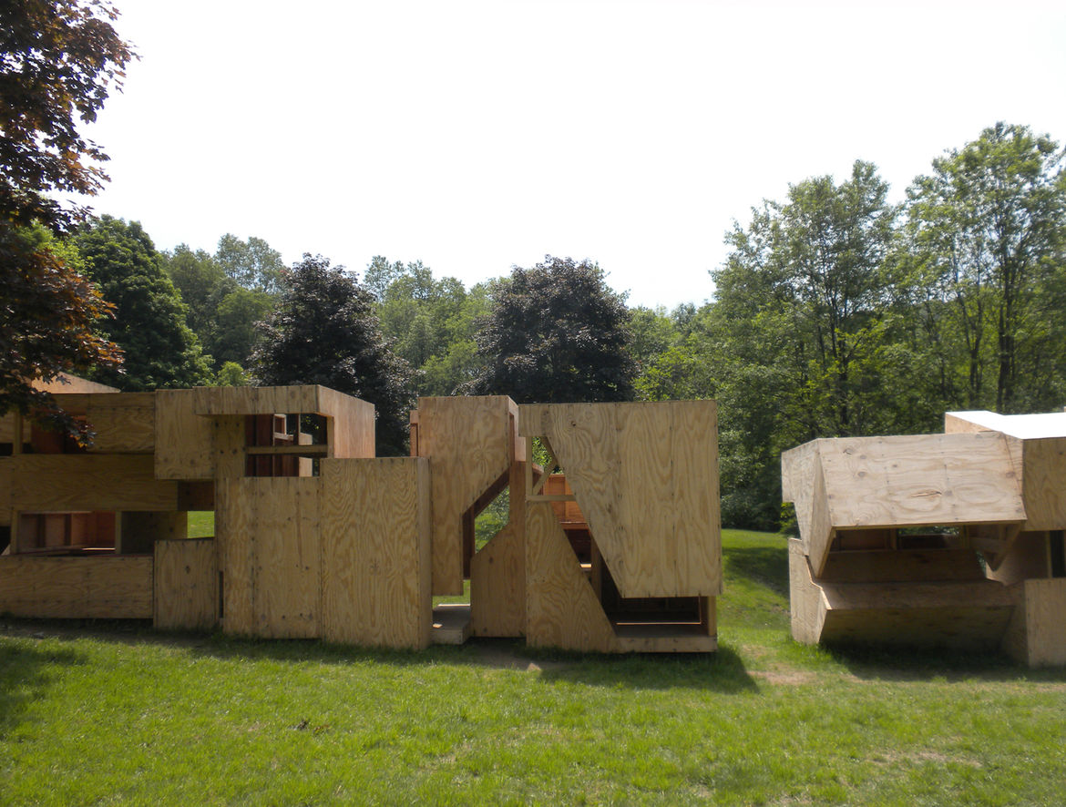 Another requirement of the project was to create a structure that was easily mobile. Each pod was constructed at the University of Buffalo campus and transported by truck to the site, where they were positioned side-by-side.