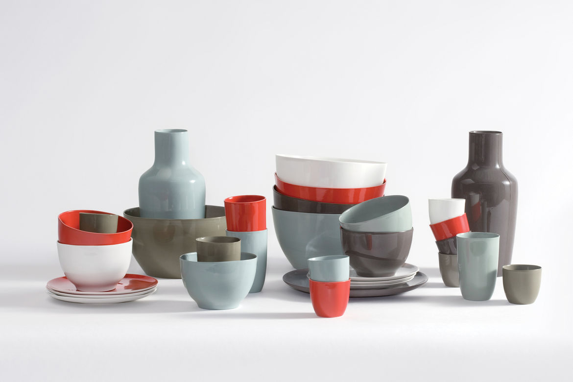<h2><p>1997</h2></p><p>B-Set porcelain tableware launches a long-running collaboration with Royal Tichelaar Makkum.</p>