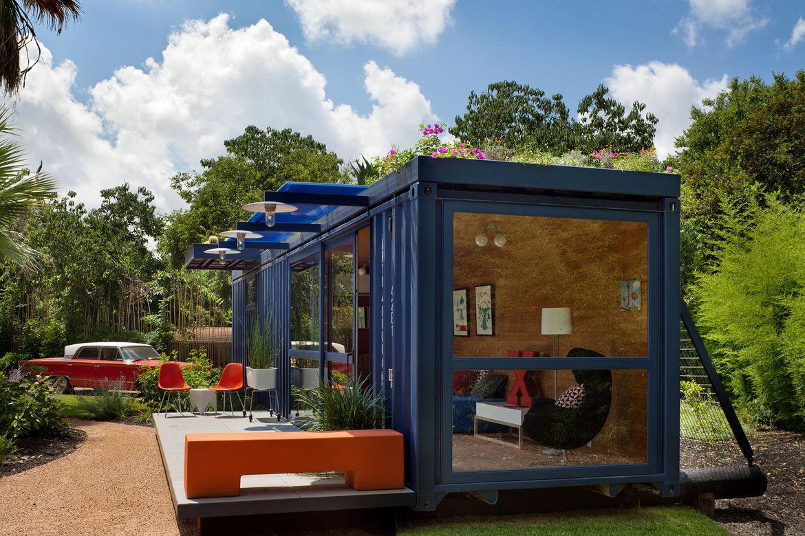 hill container studio exterior side