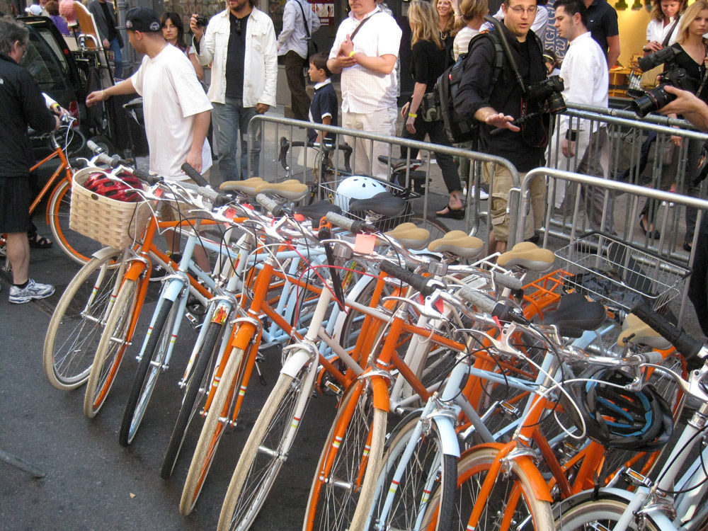 Outside the Tretorn store, new Public Bikes got the valet treatment.