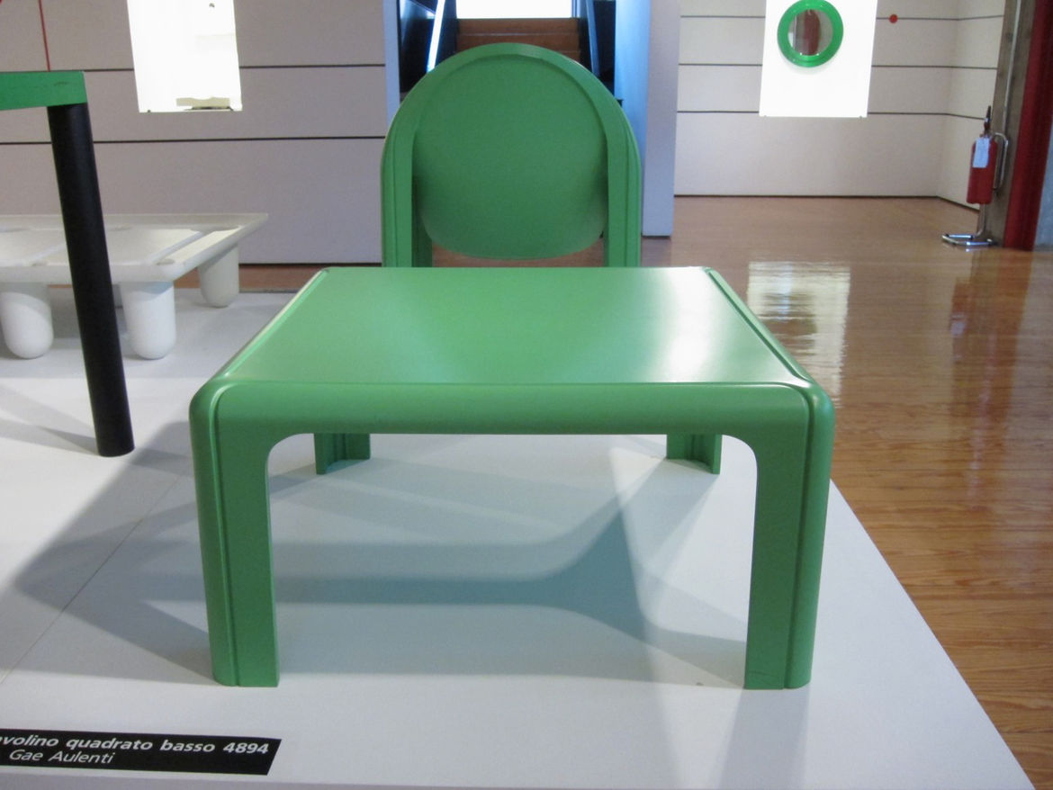 """Initially developed for Fiat dealerships, Musée D'Orsay architect <a href=""""http://en.wikipedia.org/wiki/Gae_Aulenti"""">Gae Aulenti's</a> 1974 collection, including the 4894 table and 4794 armchair seen here, were produced in a moulded rigid polyurethane tha"""