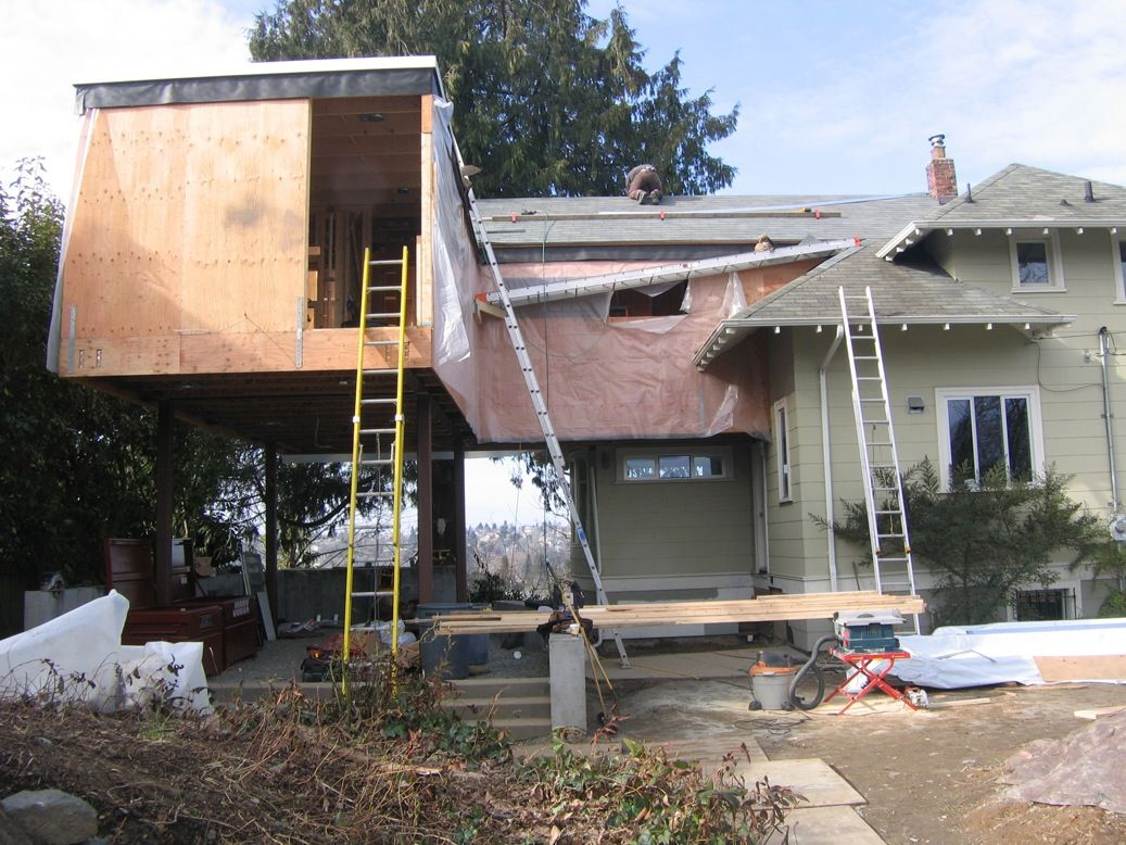 "The architects also used blown-in-blanket insulation (or ""BIBS insulation"") to improve thermal retention by filling the wall cavity more completely than batt insulation would."