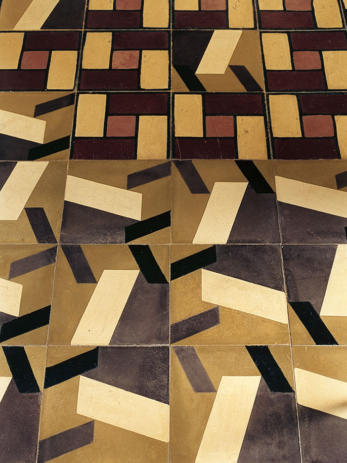 Traditional isleño tiles (at the top) were augmented with a new pattern by architect Nataniel Fúster.
