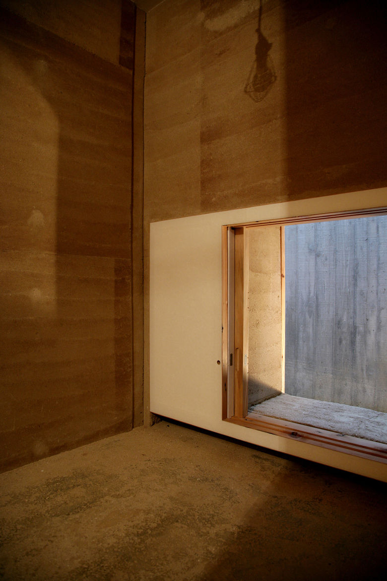 """Each of the six rooms measures just one <i>pyoung</i>, a traditional unit of measurement in Korean architecture. That's about 4 square yards, or as Cho puts it, just enough to """"lie down and still have a few inches of space."""""""