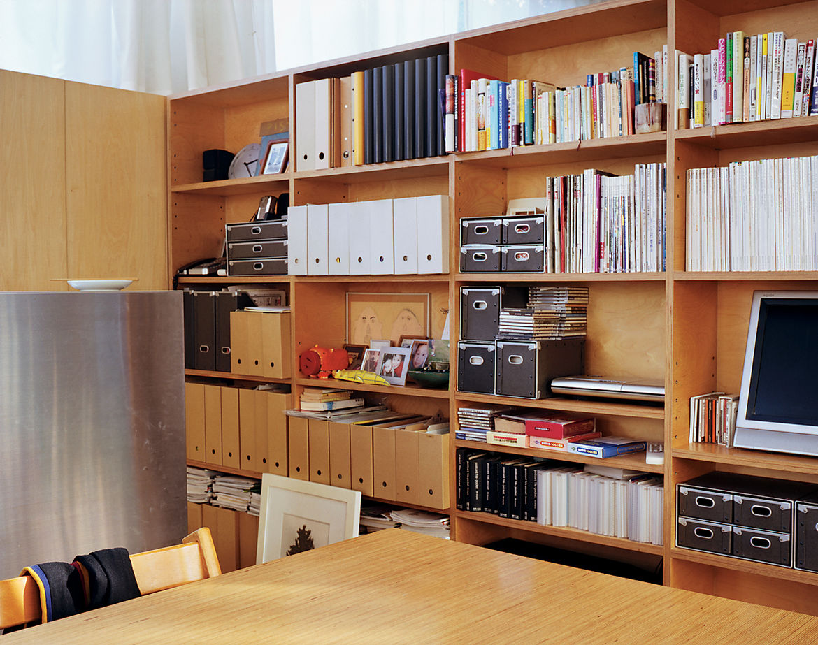 The architects designed a tall unit of closets and open storage to minimize clutter but also echo traditional Japanese architecture—an open plan with no floor-to-ceiling inner walls.