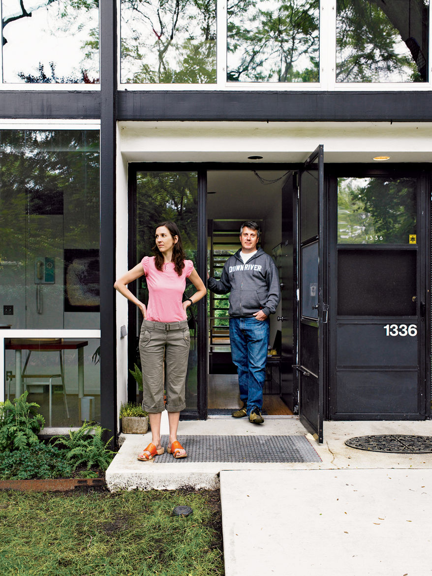 In 2006, Alexandra and Barlow moved to Detroit from Brooklyn (where Alexandra still lives and works part-time). The couple where heartbroken after losing a bid on a pristine townhouse, but they consoled themselves with a thoughtful renovation. Alexandra w