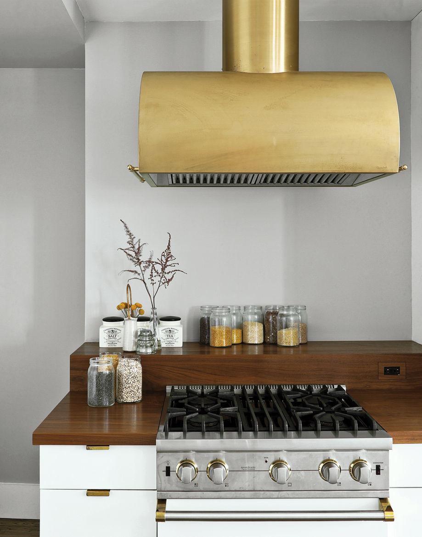 Modern kitchen with Viking gas range