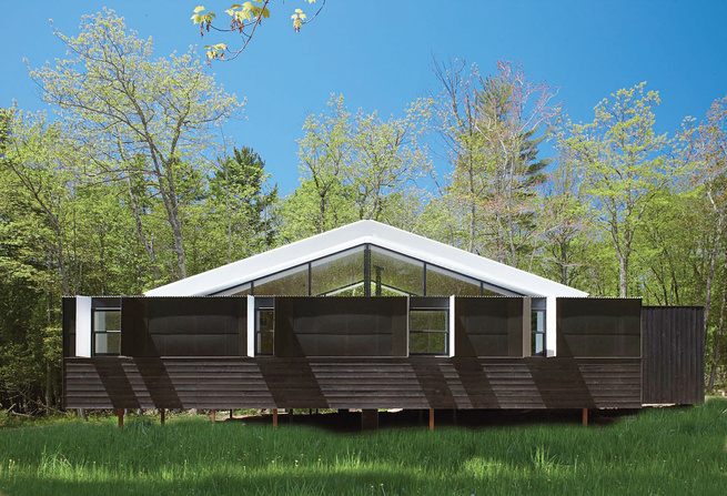 Prefab summer home in Wisconsin