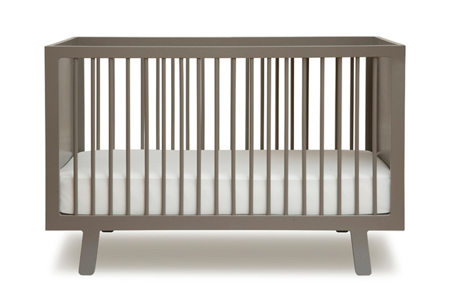 Sparrow crib from Oeuf.