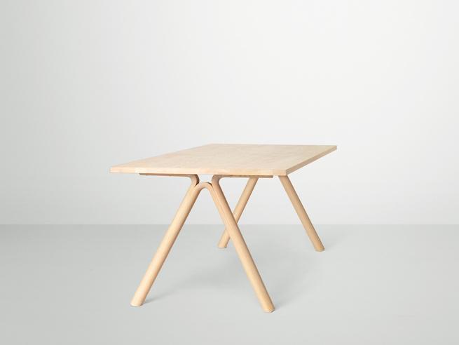 Split Table by Staffan Holm