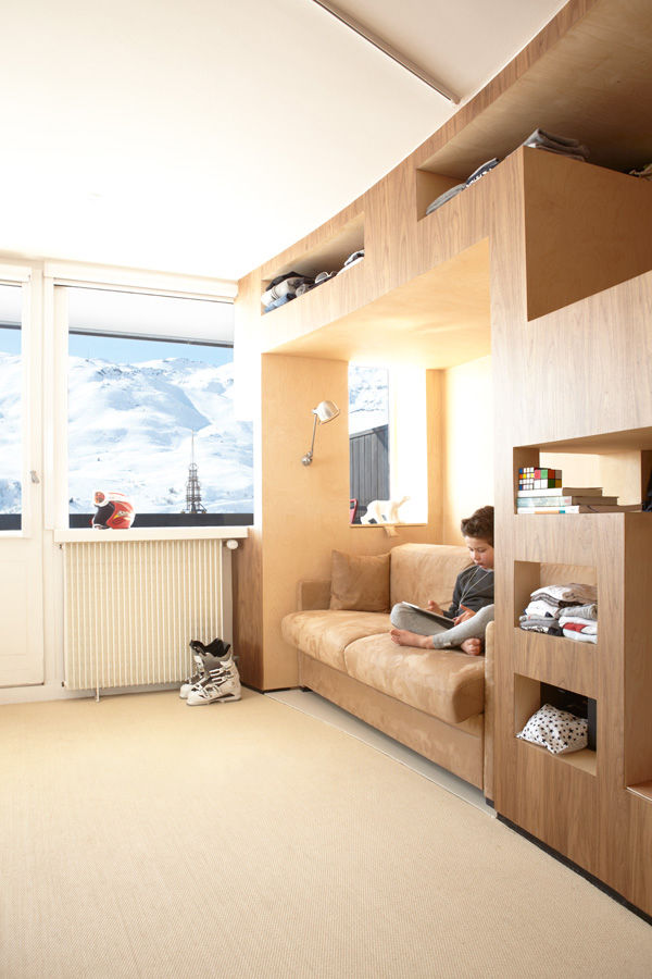 Modern wooden bedroom with nook