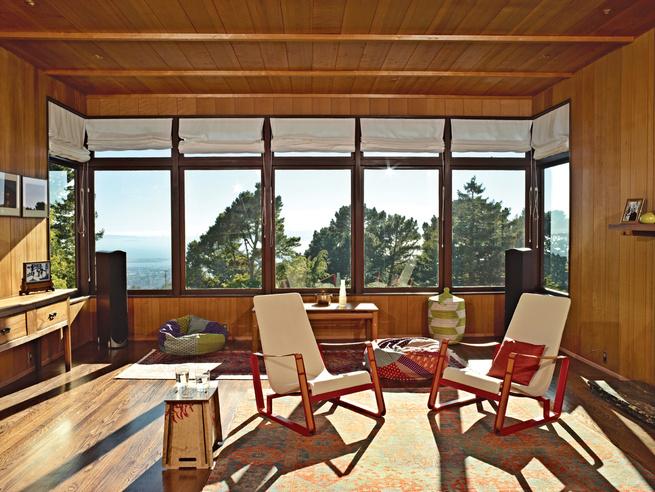 Esherick-designed living room with Jean Prouvé Cité chairs