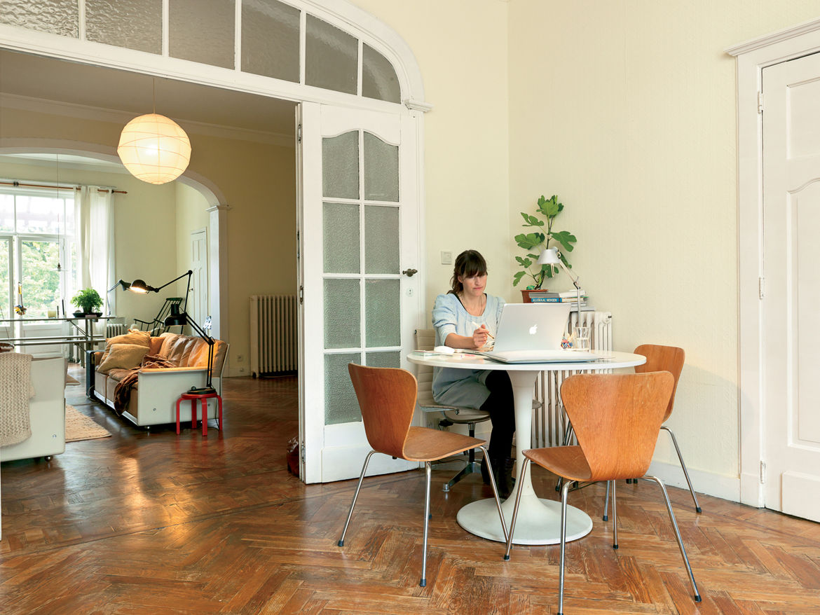Dining room with Arne Jacobsen chairs