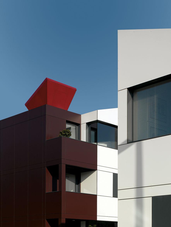 EcoHat environmental housing