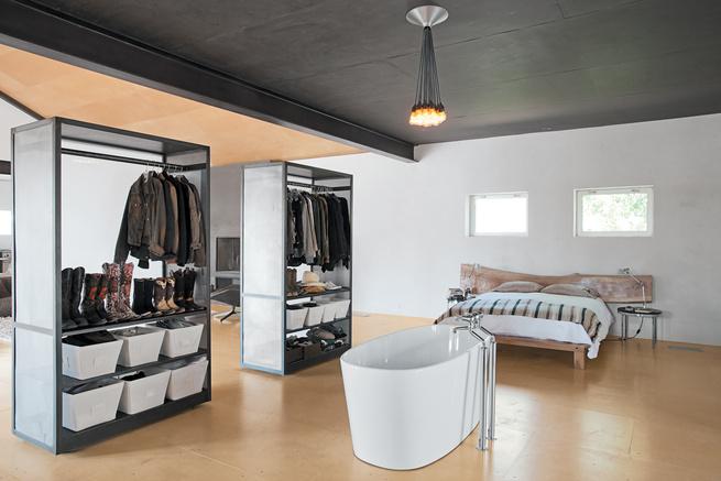 Designer Barbara Hill's bedroom