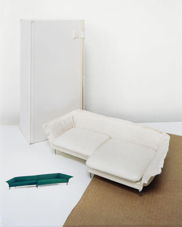 Monica Forster's Grand sofa paper model