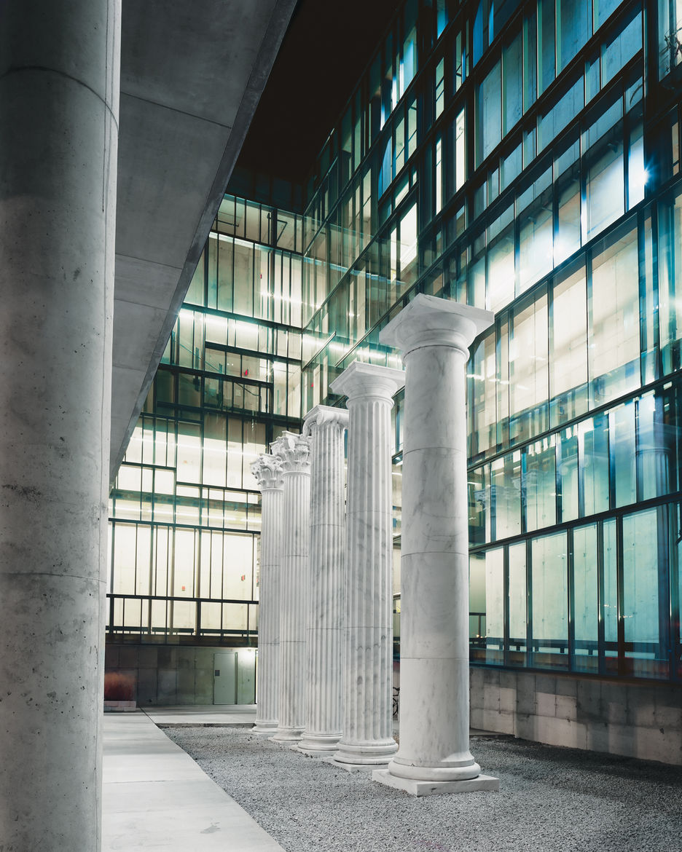Knowlton Hall marble columns