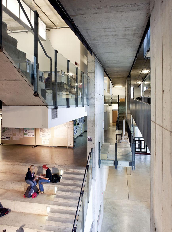 Austin E. Knowlton School of Architecture 's Knowlton Hall hallway