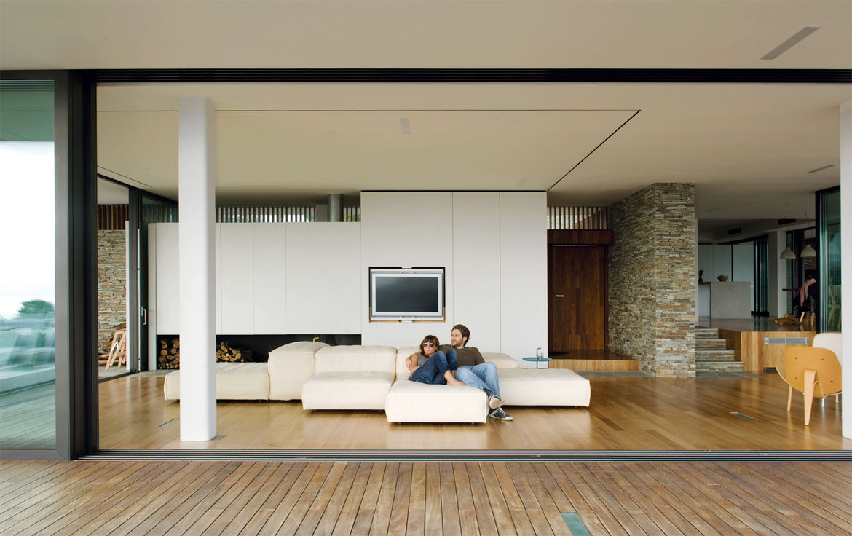 plane house greece living room