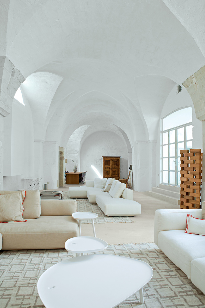 Far end of Palomba living room.