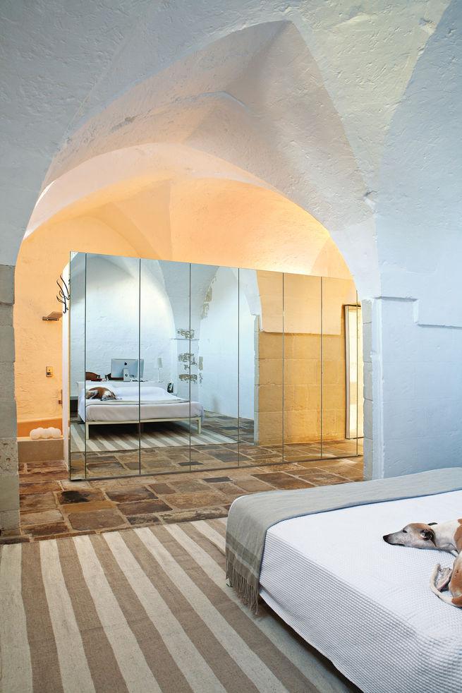 Palomba residence master bedroom