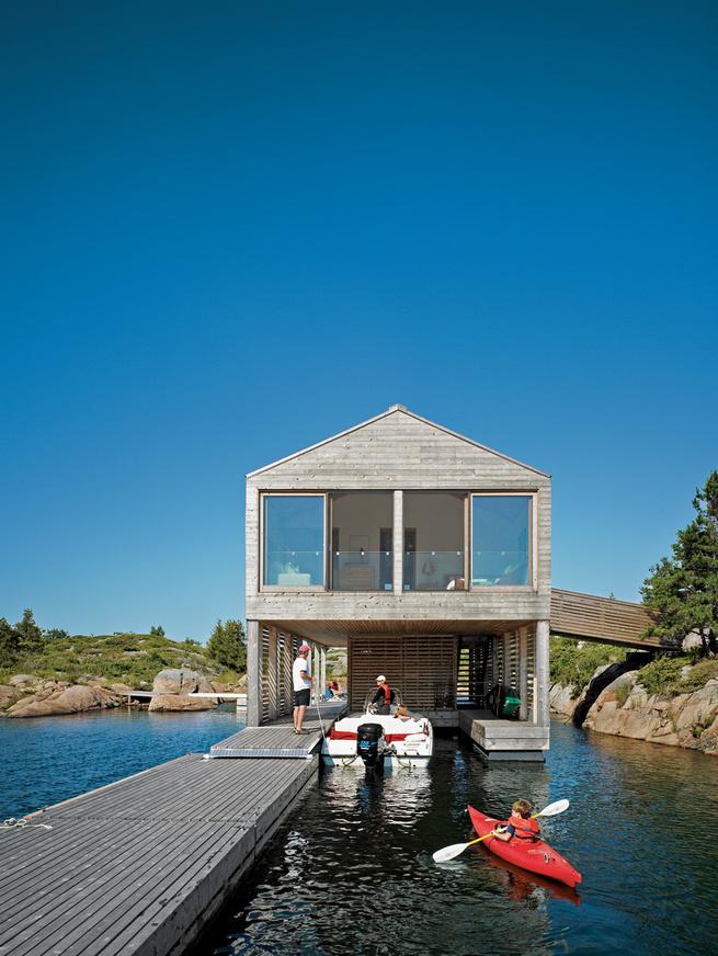 worple house boat dock view inside