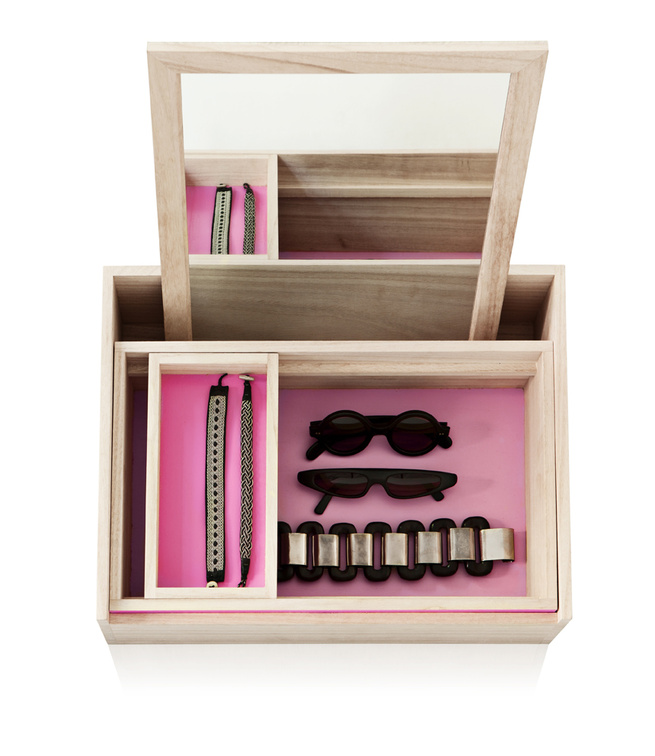 Balsa wood storage box for a vanity or bedroom, best for storing jewelry and accessories. From Nomess Copenhagan
