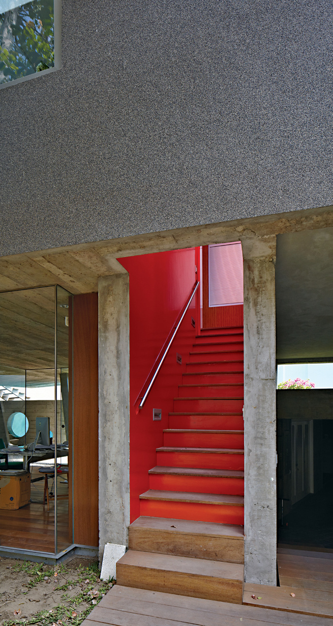 Casa serpiente stairwell