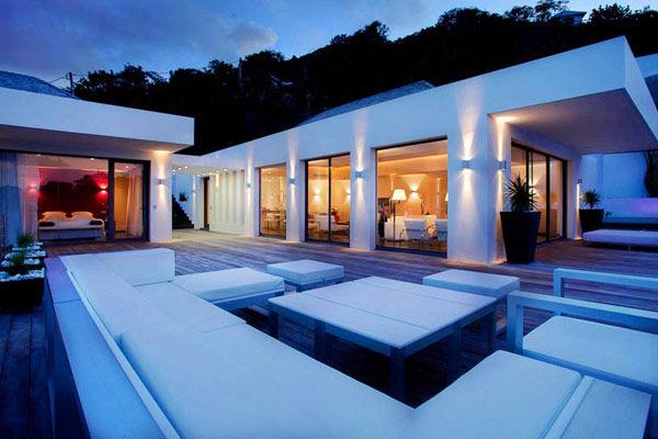 Modern Caribbean angled holiday home