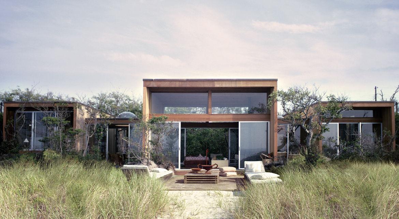 Modern beach house by Horace Gifford on Fire Island