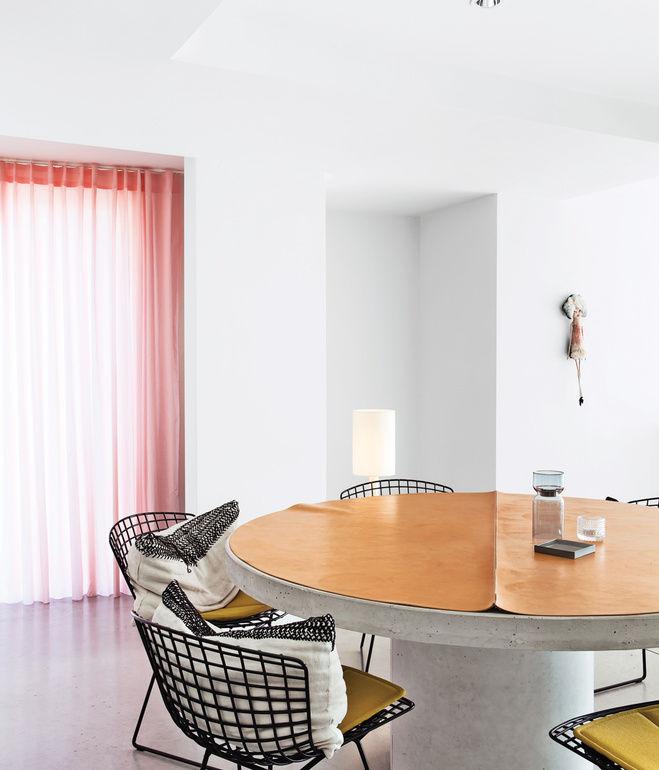 interior apartment dining table