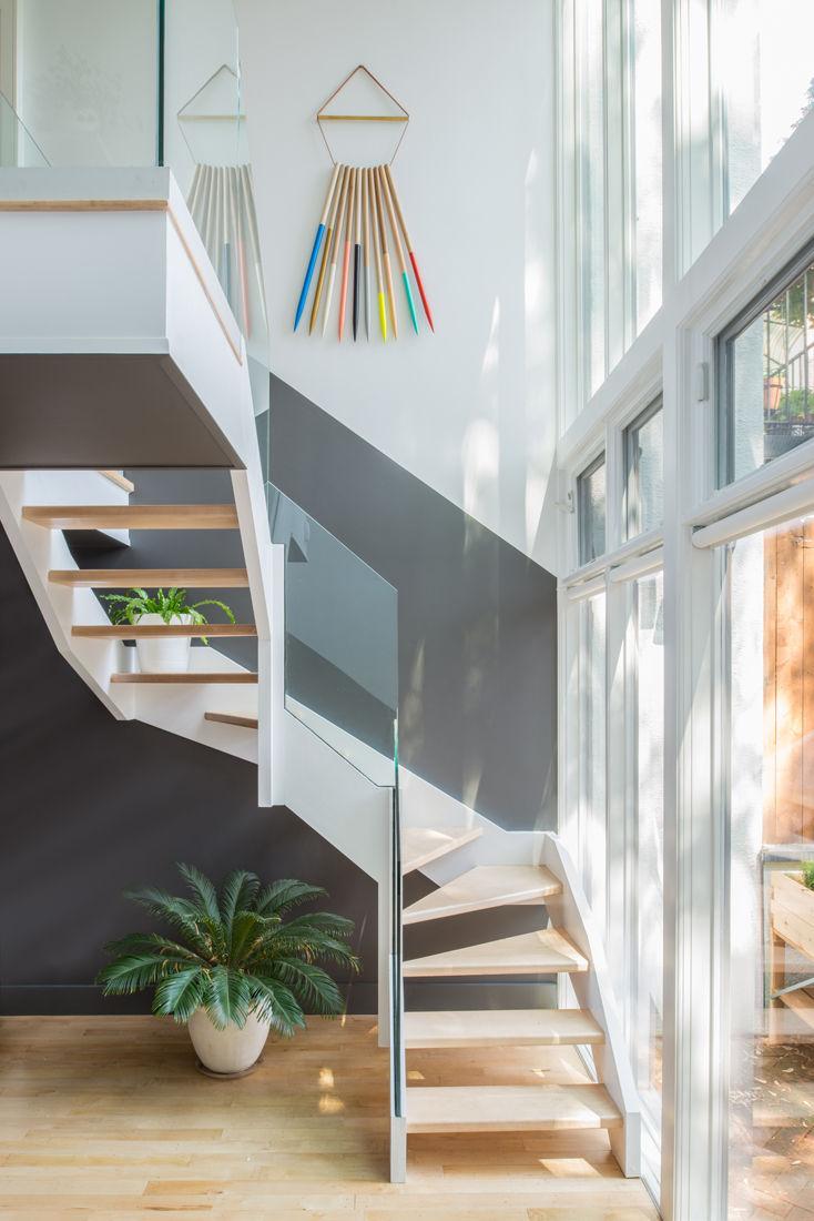 Jessica Helgerson Interior Design staircase glass facade kitchen brownstone renovation Brooklyn
