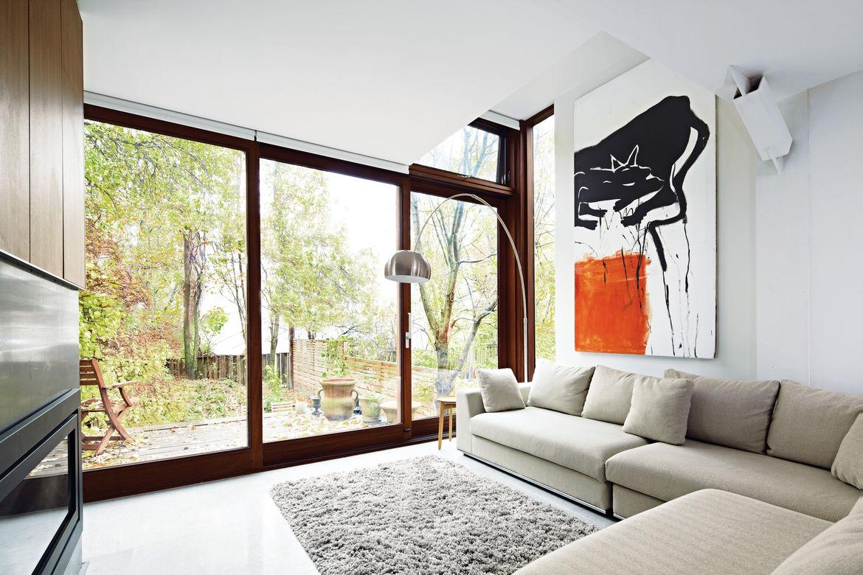 traditional edwardian interior living room