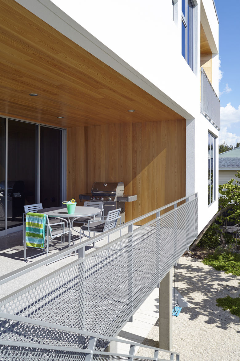 Traction Architecture beach house Florida concrete hurricane proof cypress
