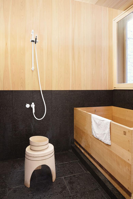 mjolk boutique owners renovate their Toronto dwelling interior bathroom