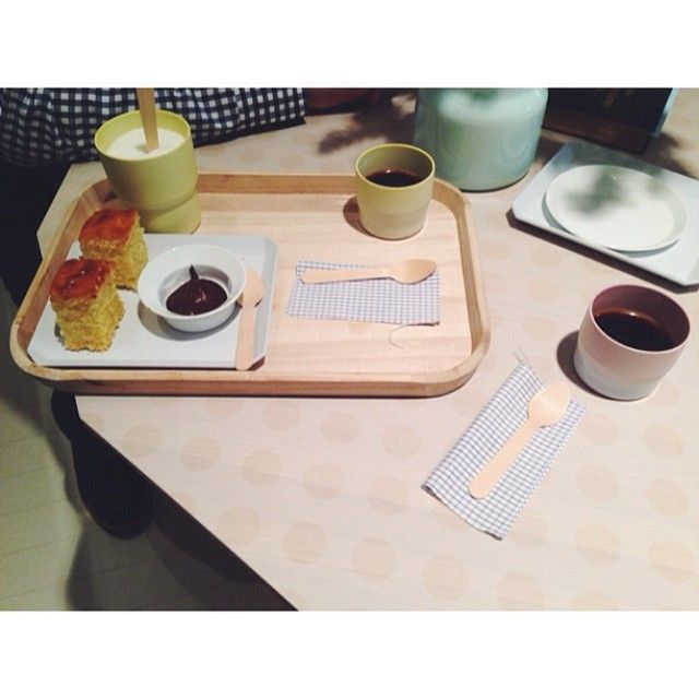 wooden coffee service